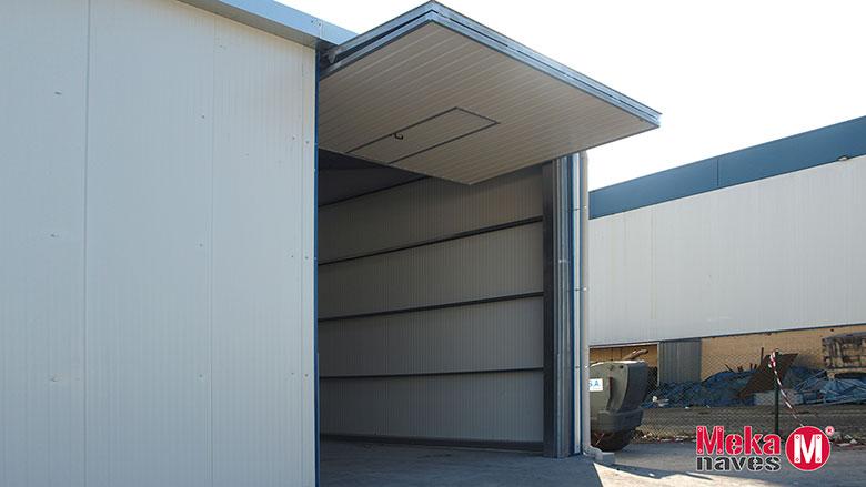 Mekanave industrial - puerta entrada